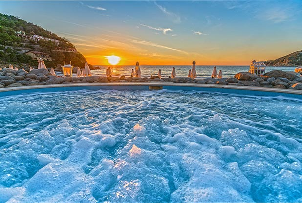 Hotel Hermitage jacuzzi swimming pool, with breathtaking seaview